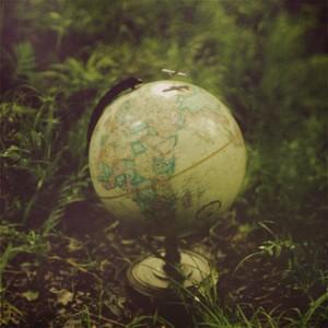 """© Lissie Elle Laricchia, """"Around The World"""""""