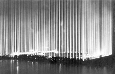Frances-Livings-Ephemeral-Cult-Spaces-lichtdom-1938