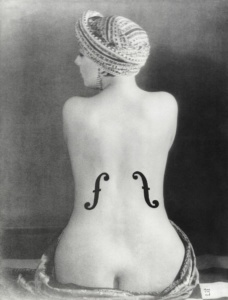Le Violon d'Ingres (Ingres's Violin) Artist/Maker: Man Ray (American, 1890 - 1976) Culture: American Place: Paris, France (Place Created) Date: 1924 Medium: Gelatin silver print Object Number: 86.XM.626.10 Dimensions: 29.6 × 22.7 cm (11 5/8 × 8 15/16 in.) Copyright:
